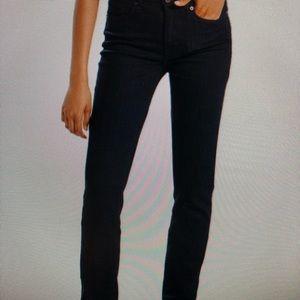 Levi's NWT women's Straight Leg Black Jean. S. 8 M